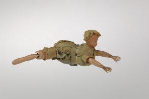 Poupée nageuse, années 1910. Collection Musée National du Sport 2017.